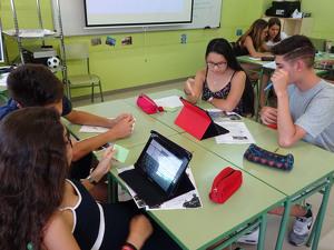 Un moment d'una classe a l'EOI Lleida.