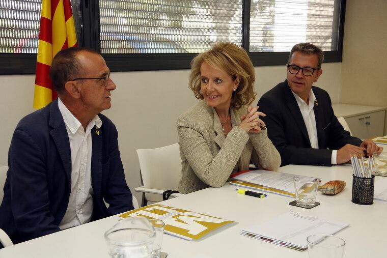 Pla mitjà on es veu a la consellera de Cultura, Mariàngela Vilallonga