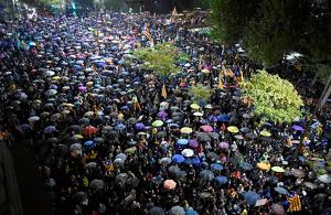 La pluja no ha aturat als manifestants.