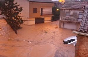 Les fortes pluges han provocat greus inundacions a l'Albi.