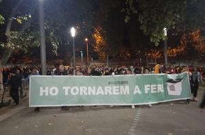 Pancarta que encapçalava la manifestació de Lleida.