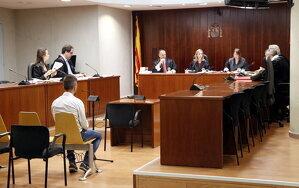 Pla general de l'Audiència de Lleida durant el judici a l'acusat d'agredir sexualment la seva fillastra