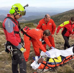 Una unitat del Grup d'Actuacions Especials (GRAE) del cos de Bombers ha treballat en l'accident de Vilanova de Meià.