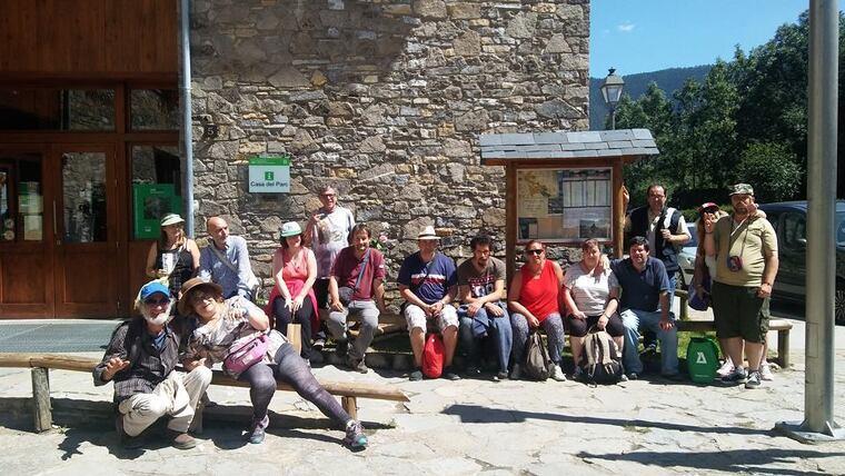 Imatge d'una sortida dels usuaris de Salut Mental Pallars al Parc Nacional d'Aigüestortes