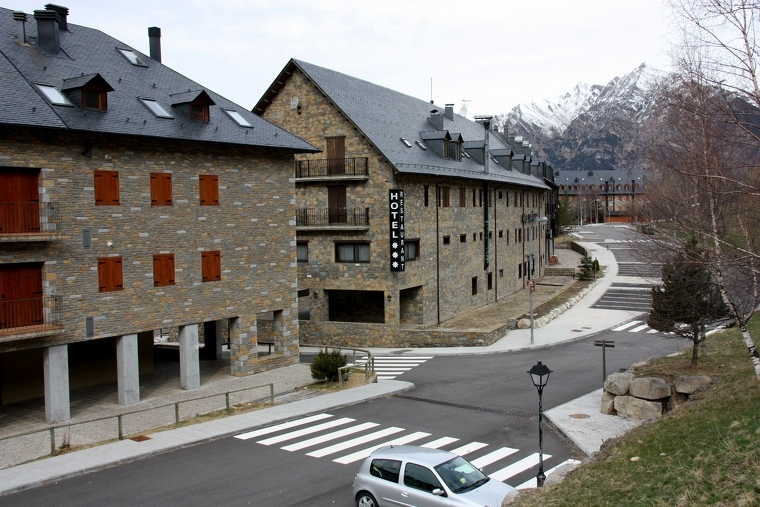 Pla general d'un del hotels del Pla de l'Ermita, al Resort de Boí Taüll