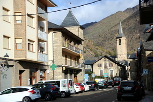 Imatge d'un dels carrers cèntrics d'Esterri d'Àneu