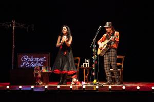 Imatge d'un moment de l'actuació dels 'Cabaret Patufet'
