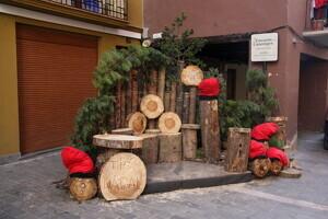 Pla general de part de l'ambientació nadalenca del carrer dels Canonges de la Seu d'Urgell