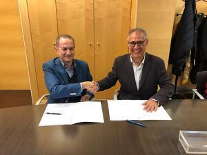 Imatge de la signatura del conveni