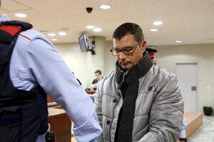 L'acusat de matar el cunyat a Torre-Serona, Josep Puiggròs, sortint de l'Audiència de Lleida