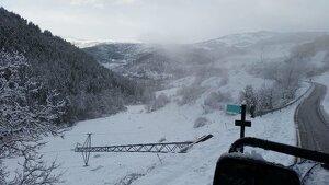 Una torre caiguda a la zona de la vall de la Vansa a causa del temporal de neu i vent, el dia 22 de gener de 2020.