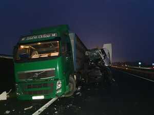 Un camió accidentant a l'A-2, el 10 de gener del 2020