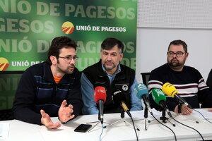 Imatge de representants d'UP reunits a Lleida