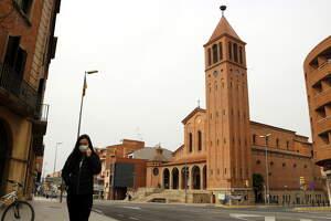 Pla general on es pot veure el campanar de la parròquia de Sant Jaume de Mollerussa