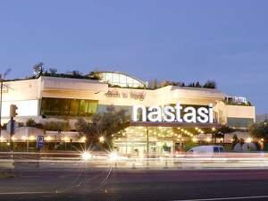 Pla general on es pot veure l'Hotel Nastasi de Lleida