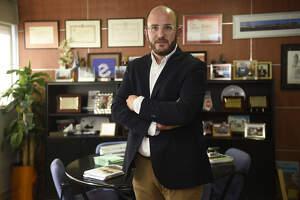 Pla mitjà on es pot veure el president de l'Empresa Familiar de Lleida, Marc Cerón.