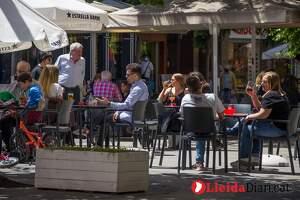 Imatge de terrasses de bars de Lleida el primer dia de la fase 1 de la desescalada, el dia 18 de maig de 2020.