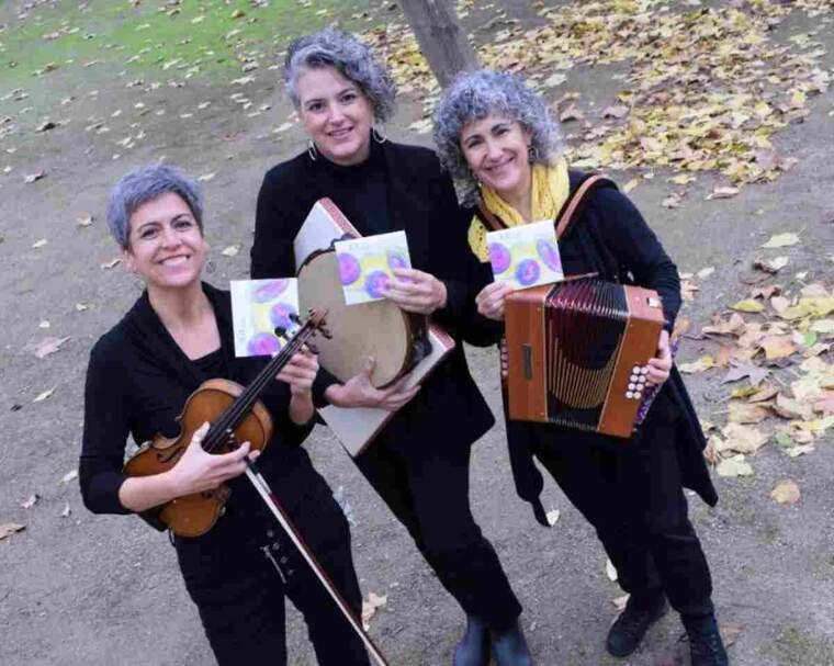 Les Krregades són la Raquel Garcia, la Montserrat Canela i la Montse Nicuesa
