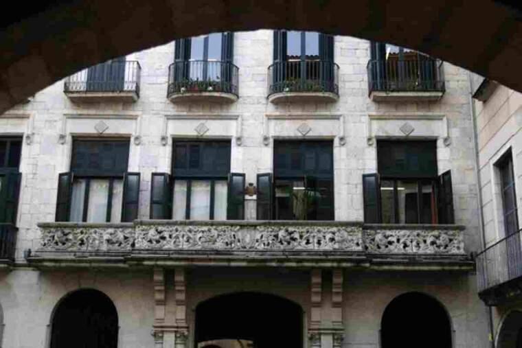 Façana de l'Ajuntament de Girona