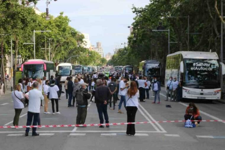 Gran pla general de l'acte reivindicatiu de COPTUR al Passeig de Gràcia de Barcelona