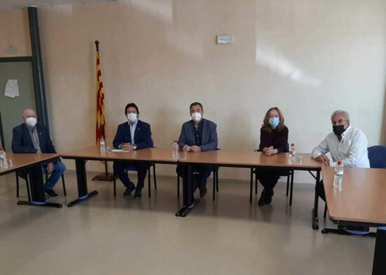 Pla general de la reunió del secretari d'Infraestructures i Mobilitat, Isidre Gavín, amb el Consell Comarcal de Les Garrigues