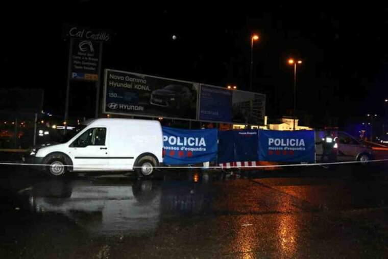 Pla obert de la zona de l'àrea de servei de l'Ll-11 a Lleida on ha aparegut un cadàver al maleter d'un vehicle