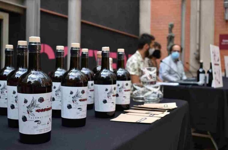 Imatge de la presentació del primer vermut ecològic de Catalunya