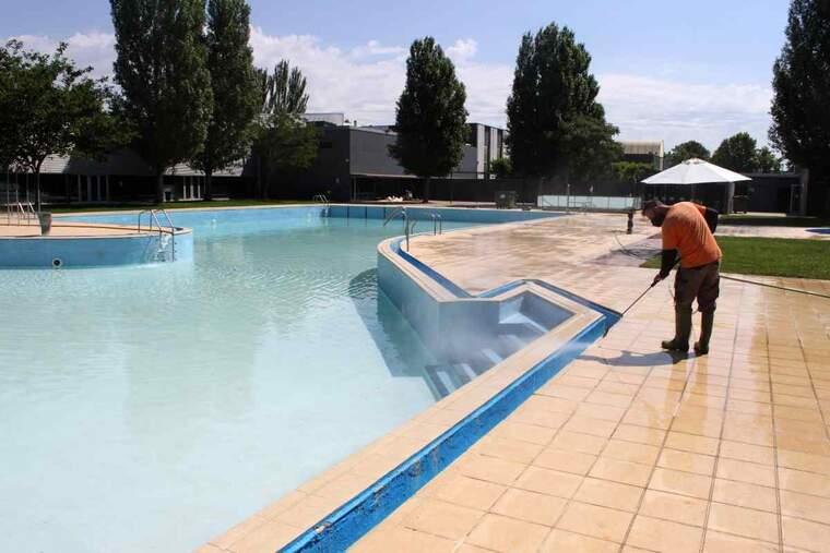 Imatge de les piscines de Tàrrega