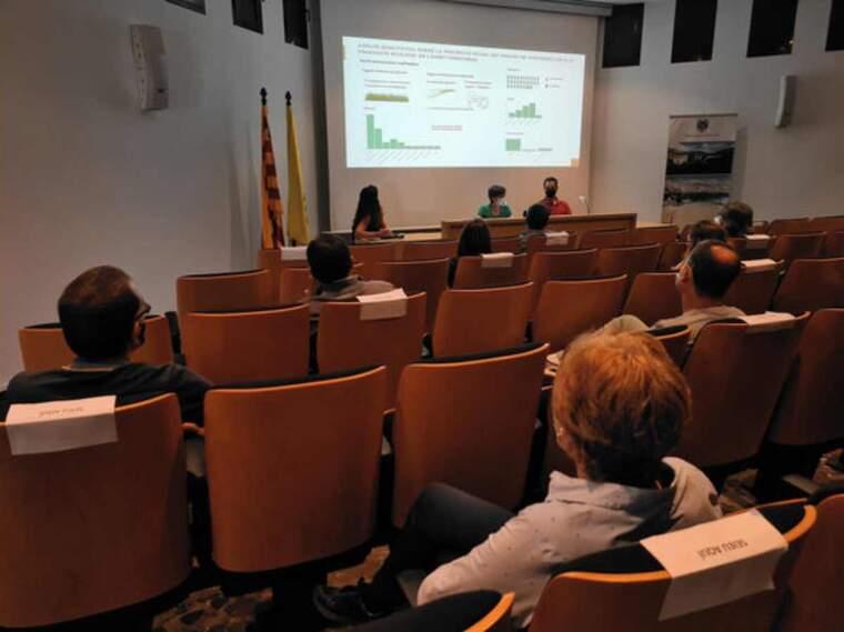 Pla general de la presentació de l'estudi sobre cultius ecològics al Pallars Jussà