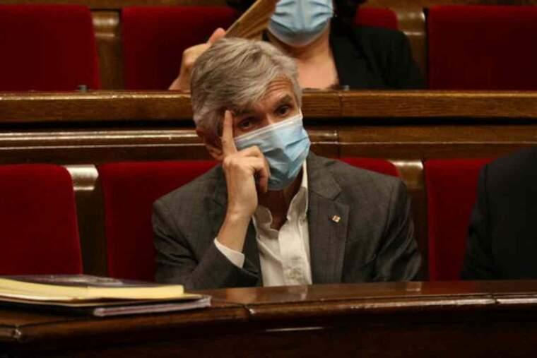 El conseller de Salut, Josep Maria Argimon, durant la sessió de control al Govern