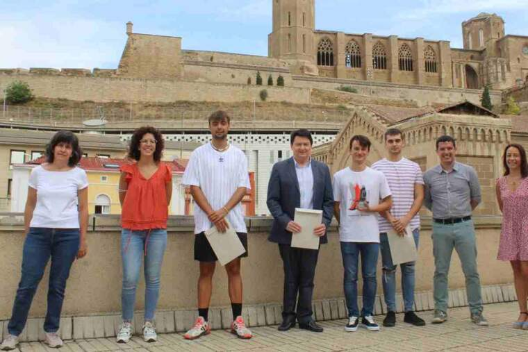Imatge de l'entrega de premis al Col·legi d'Aparelladors de Lleida