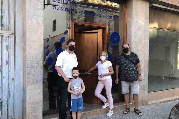 Imatge d'una entrega de claus a les Borges Blanques