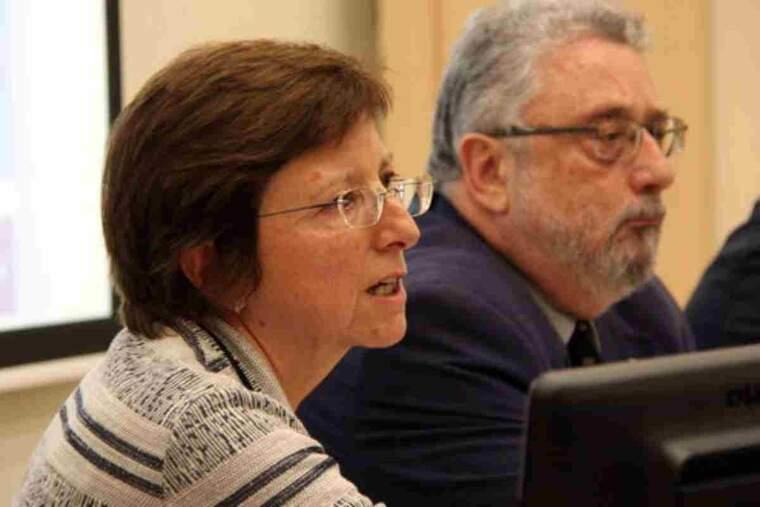 Pla curt de Carmen Cabezas, subdirectora de promoció de la salut de l'ASPCAT, amb el secretari de Salut Pública, Joan Guix
