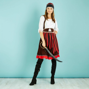 Disfraz casero de mujer pirata