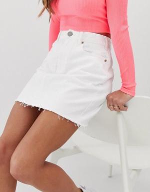 falda de mezclilla blanca