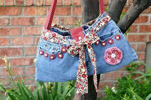 bolso de mezclilla decorado