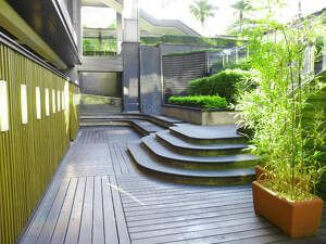 jardín de madera