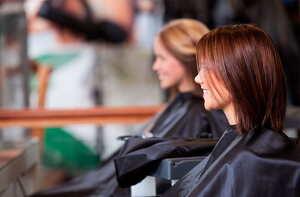 mujeres en la peluquería