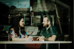 Estas preguntas incómodas son ideales para poner a tu novio o amigo en apuros