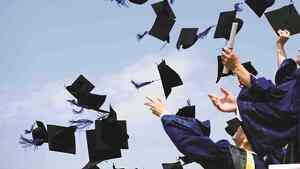 Lindas palabras de felicitaciones de graduación
