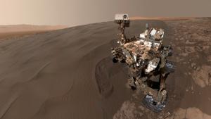 'Selfie' de Curiosity al costat de la duna Namib al gener de 2016