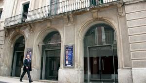 Façana del Teatre Principal.