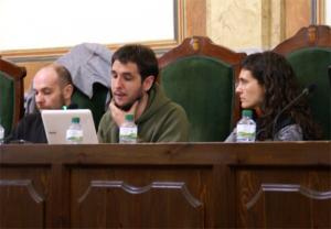 Gerard Nogués, Jordi Escoda i Lurdes Quintero en el plenari de l'Ajuntament de Valls duran l'anterior legislatura.