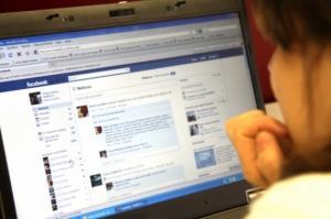Les xarxes socials són un dels principals instruments del ciberassetjadors.