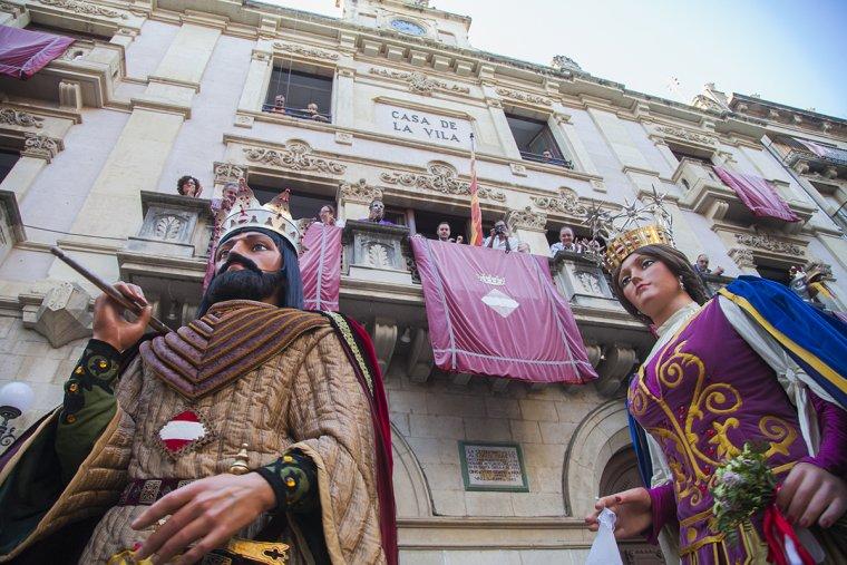 Les imatges de l'arrencada oficial de la Festa Major de Sant Joan a Valls