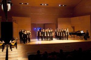 El Cor Sant Esteve de Vila-seca amb l'espectacle 'Fabulae' seran a Alcover aquest diumenge.