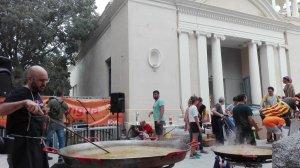 La festa consisteix amb una ballada d'elements tradicionals de la ciutat i una paella popular oberta a tothom.