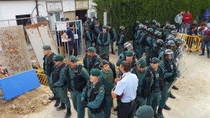 Moment de la càrrega policial a Vilabella.