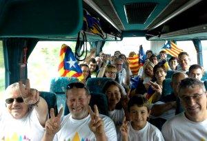 De Valls sortiran vuit autobusos organitzats per les agències de viatges de la ciutat, a banda dels que traslladaran els vallencs fins a l'aeroport.