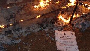 Aquest vespre s'ha cremat el rei Carnestoltes a la plaça del Blat.
